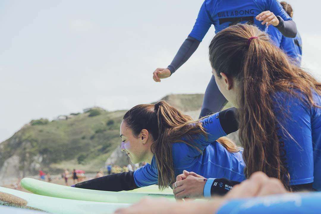 cursos de surf en Moana Surf House País Vasco Bizkaia
